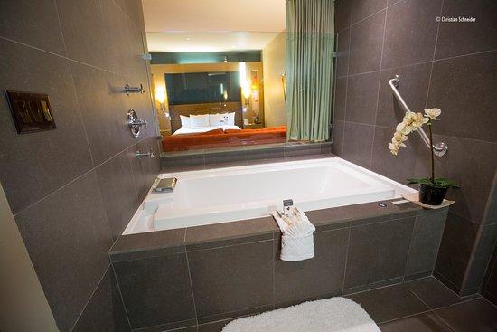 doubletree by hilton hotel monrovia pasadena area tima banheira de com borda infinita