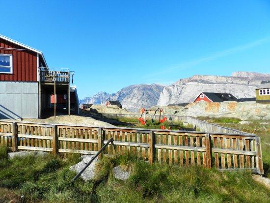 Uummannaq, Groenland: Saattut, a small settlement (village)