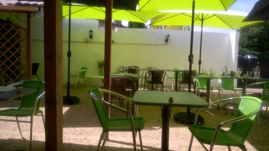 Montcaret, Frankrike: terrasse