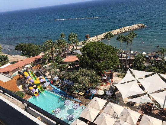 Amathus Beach Hotel Limassol: Summer View from the room