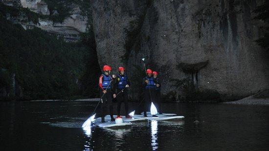 Tanara Aventure: descente nocturne en stand up paddle au coeur des gorges du Tarn