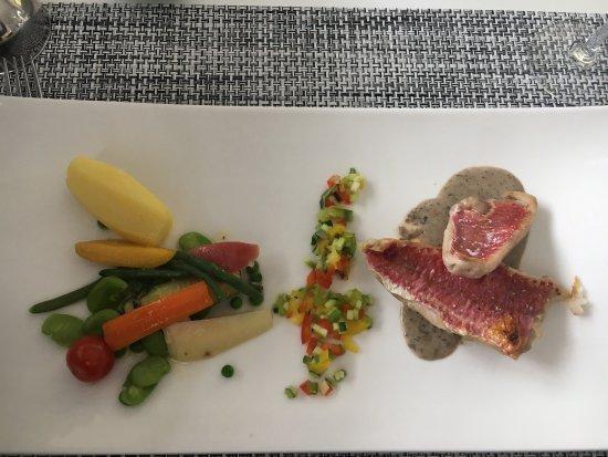 Hotel Restaurant Les Remparts : photo1.jpg