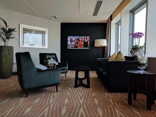 Hilton London Canary Wharf: Executive Lounge