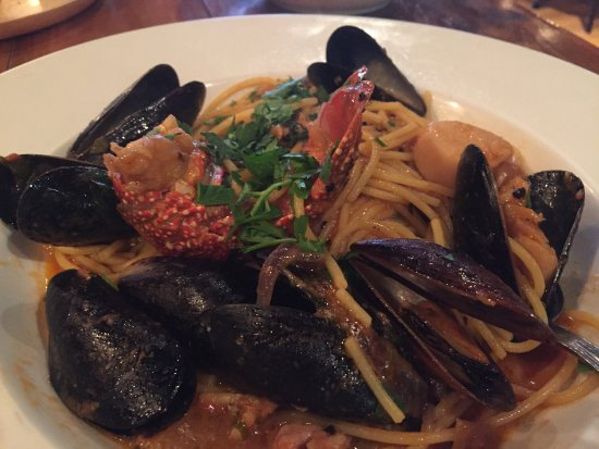 Meaford, Canadá: Seafood Pasta - beautiful and delicious!