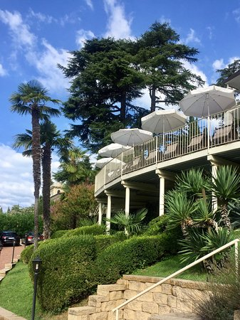 Wunderschön angelegt - Picture of Hotel Excelsior le Terrazze, Garda ...