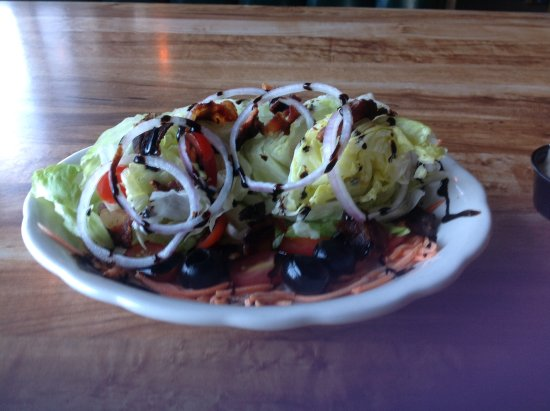 Sylvan Beach, NY: Wedge Salad