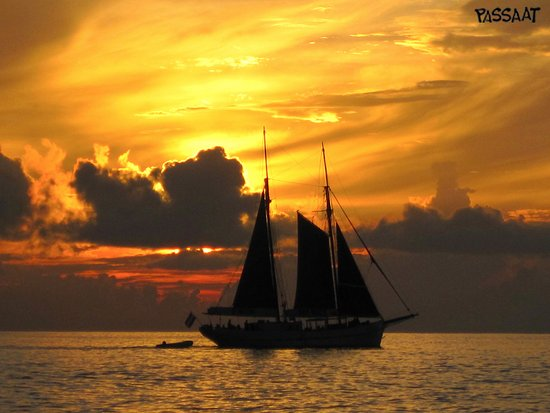 Passaat Classic Schooner: Sunset sailing Passaat
