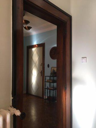 Salsas and Co: hall d'entrée vu de la salle du petit dejeuner