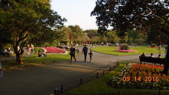 St Stephen's Green : lovely gardens