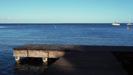 Hôtel La Batelière : sur le ponton a la plage