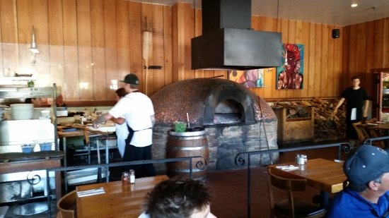 Los Alamos, CA: Wood Fired Pizza Oven