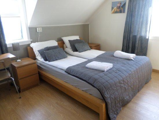 BB 44 Guesthouse: double room upper floor