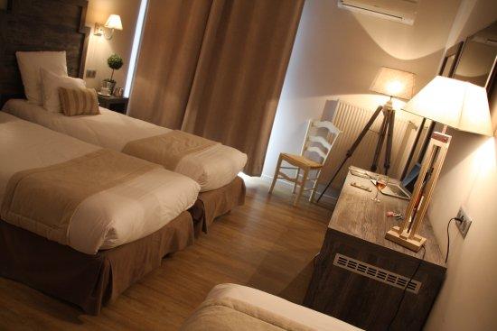 hotel le concorde aix en provence france voir les tarifs et 250 avis. Black Bedroom Furniture Sets. Home Design Ideas