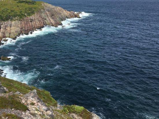 Lighthouse Picnics: The waves crashing on the shore