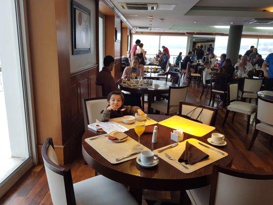 Radisson Hotel Colonia del Sacramento: 20170826_101801(0)_large.jpg