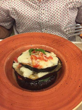 Rosemary - Terra e Sapori: Fresh eggplant