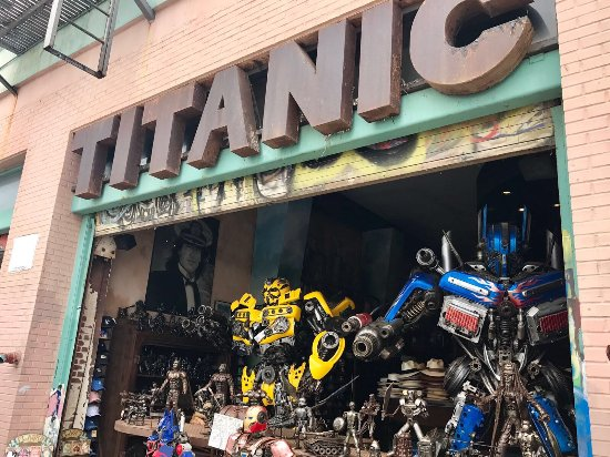 ‪Titanic Boutique‬