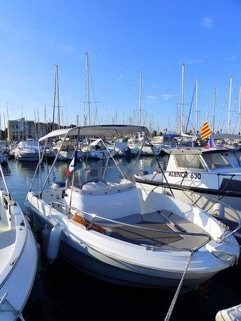 Ortaffa, France: Mon bateau Possibilité de location Port de St Cyprien