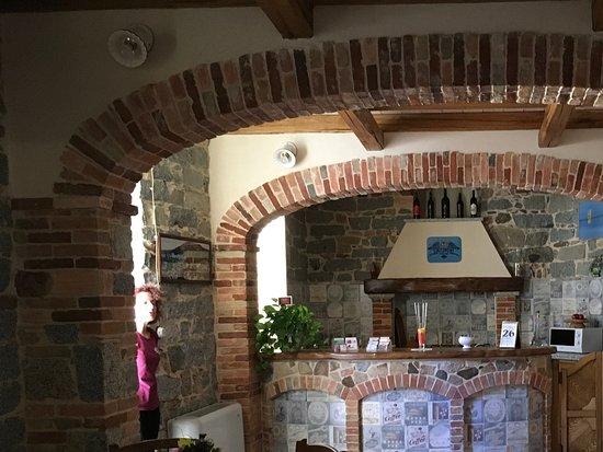 Cucina open space - Picture of Cuccumiao, Sorgono - TripAdvisor