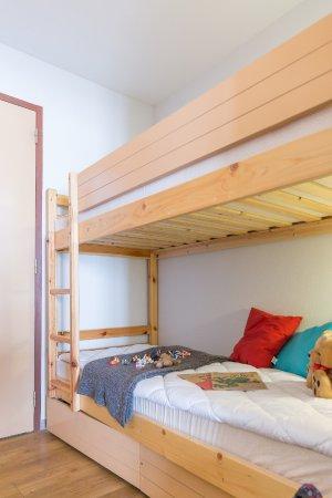 Pierre & Vacances Résidence La Baie des Sables : Coin Cabine avec lits superposés