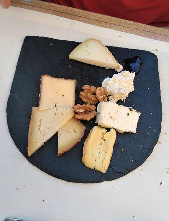 La Bruceliere: La sélection de fromage faite parmi un large choix