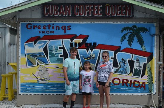 Cuban Coffee Queen: The kids posing for a picture