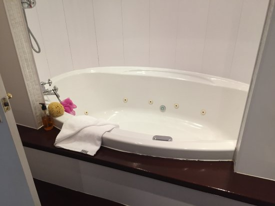 North Wootton, UK: Bath and Shower