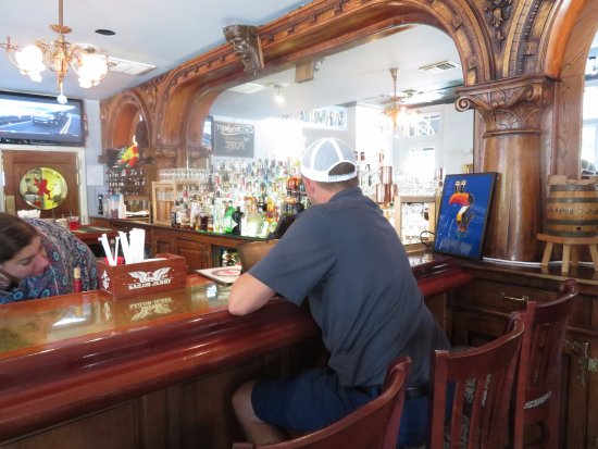 The Sit Down Bar Picture Of Banning S Tavern Easton