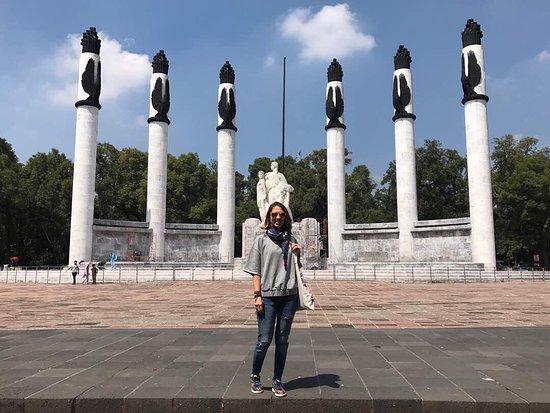 Monumento a los Ninos Heroes: photo0.jpg