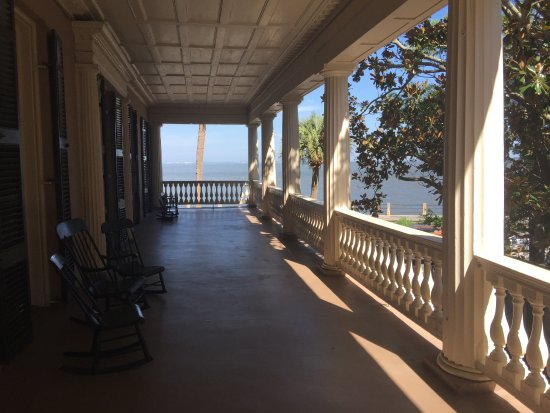 Edmondston-Alston House: Not allowed to take pictures inside, view of balcony
