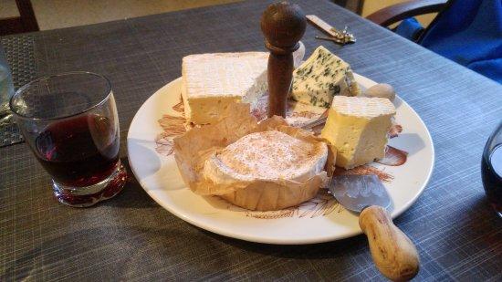 Fresne-la-Mere, Fransa: Tagliere di Formaggi