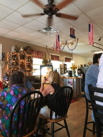 Harrington, DE: Main Street Cafe