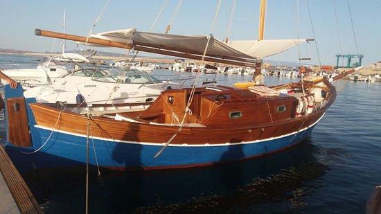 Noleggio ed Escursioni in Barca - Isola di San Pietro - Sardegna
