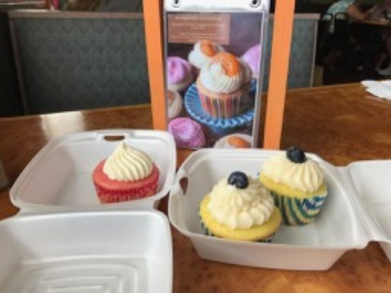 Knoxville, MD: Ask about the daily cupcake flavor(s)