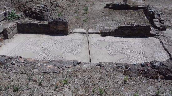 Pavimento con mosaico foto di parco archeologico di for Pavimento con mosaico