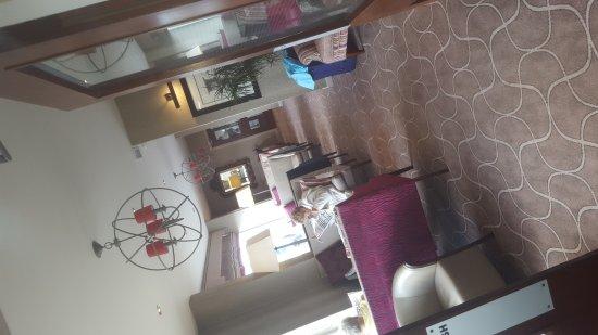 Elgin Hotel Blackpool: 20170804_111058_large.jpg
