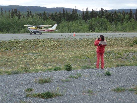 McCarthy, AK: Avioneta llegando al punto de encuentro