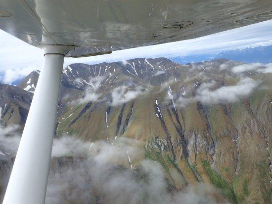 McCarthy, AK: Sobrevolando las montañas