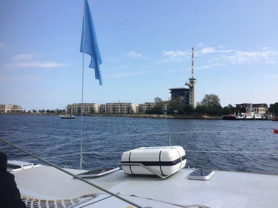 Charter & Sail