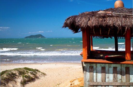 Pousada das Amoras: Praia Rasa - 300 metros da pousada