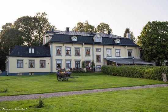 Hennickehammars Herrgård: photo0.jpg