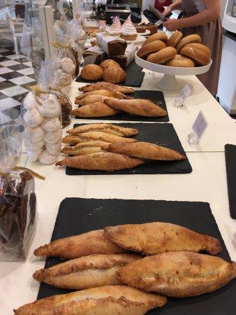 Pinavija Cafe & Bakery: photo2.jpg