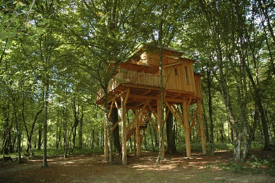 Les Cabanes Des Grands Reflets  Joncherey  France