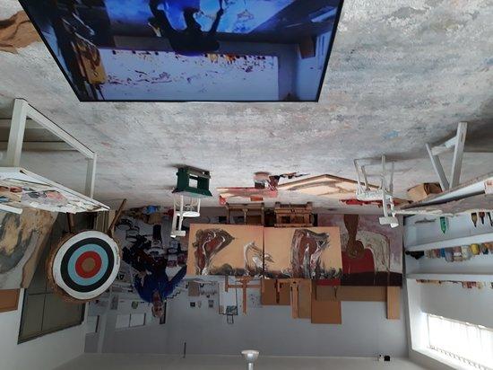 Casa / Museo Cesar Manrique: Une salle de bain, le salon, l'atelier