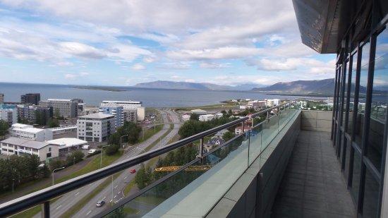 Grand Hotel Reykjavik: wonderful view and a small deck