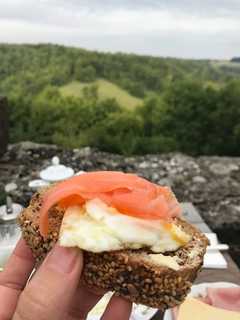 Burghotel : Lovely breakfast with a view