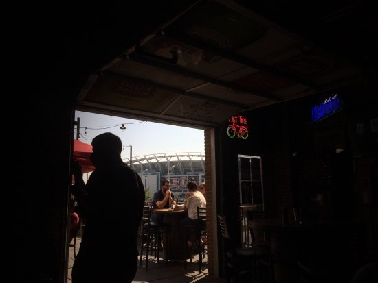 O'Malley's in the Alley: photo0.jpg