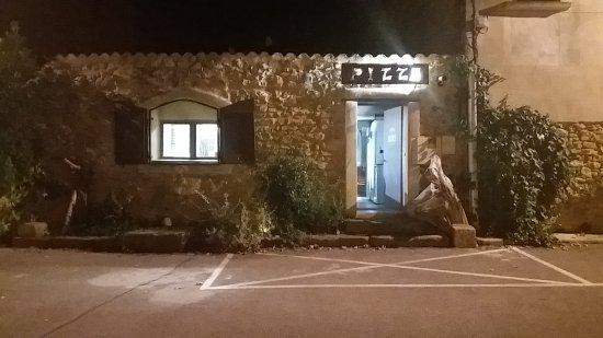 Caderousse, France: Pizza des Digues