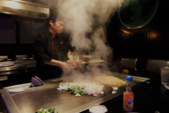 Osaka Seafood Steakhouse: Steam baby...