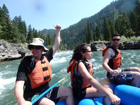 Sands Whitewater and Scenic River Trips - Day Trips: Through the rapids